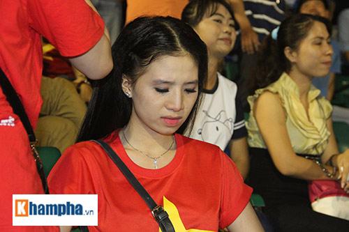 """Fan """"quẩy"""" tưng bừng xem Công Phượng đấu U21 Việt Nam - 14"""