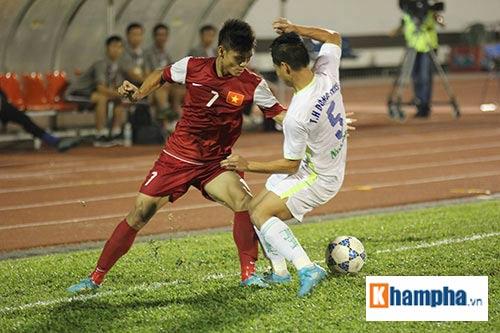 """Fan """"quẩy"""" tưng bừng xem Công Phượng đấu U21 Việt Nam - 7"""
