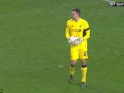 Bóng đá - Giữ bóng 22 giây, thủ môn Liverpool mắc lỗi nghiệp dư