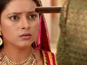 """""""Cô dâu 8 tuổi"""" Anandi bị đe dọa tính mạng"""