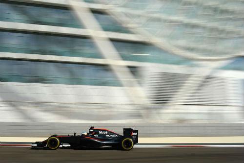 Chạy thử Abu Dhabi GP: Nội chiến Mercedes - 3