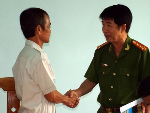Ông Huỳnh Văn Nén chính thức được tự do - 2