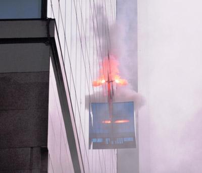 Ảnh: Diễn tập giải cứu 3.000 người trong nhà cao tầng cháy nổ - 8
