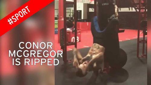 """Cách khổ luyện chưa từng thấy của """"Gã điên"""" UFC - 1"""