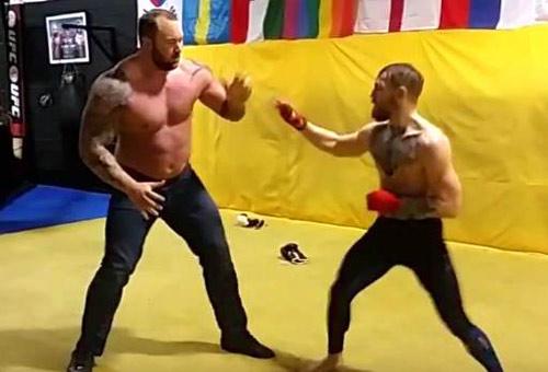 """Cách khổ luyện chưa từng thấy của """"Gã điên"""" UFC - 2"""