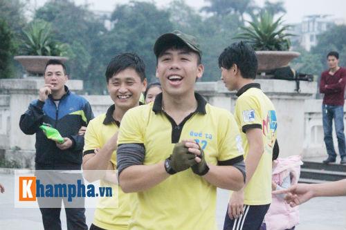 """Hot girl MU Tú Linh, hoa khôi bóng đá """"Chạy vì trái tim"""" - 9"""