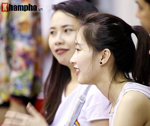 CĐV nữ cực xinh vỡ oà vì CLB bóng rổ số 1 Việt Nam - 4