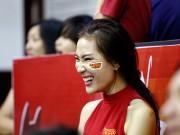 Thể thao - CĐV nữ cực xinh vỡ oà vì CLB bóng rổ số 1 Việt Nam