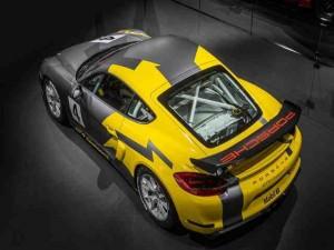 Ra mắt Porsche Cayman GT4 Clubsport mới