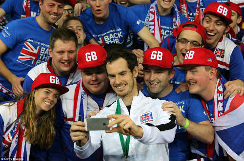 Báo chí Anh ca ngợi Andy Murray vĩ đại nhất lịch sử - 2