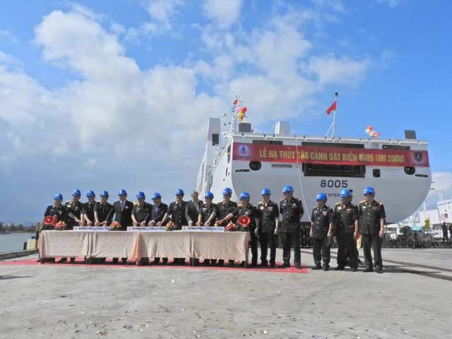 Hạ thủy tàu Cảnh sát biển đa năng 8005 - 1