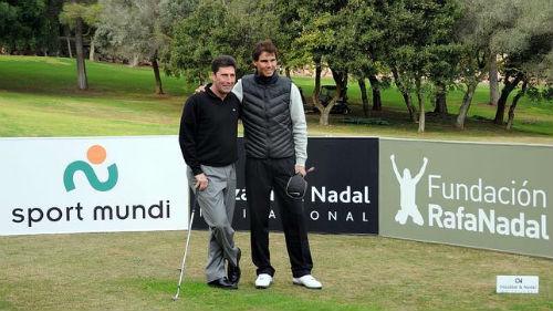 Nghỉ tennis, Nadal đi đánh golf và vô địch - 1