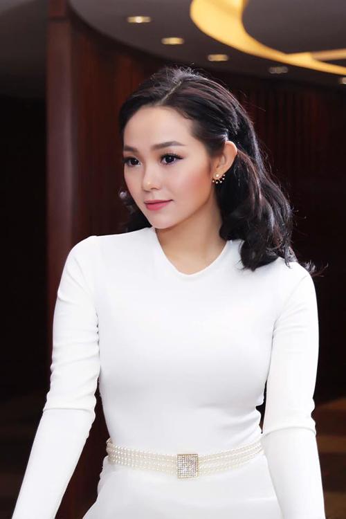 Facebook sao 30/11: Trang Trần khoe ảnh con gái yêu - 7