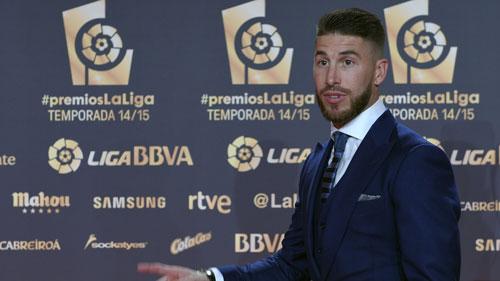 """QBV 2015: Hội đồng bầu chọn """"yêu"""" Messi hơn CR7 - 4"""