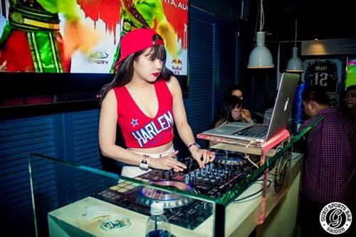 Góc khuất nghề DJ của những bóng hồng - 1