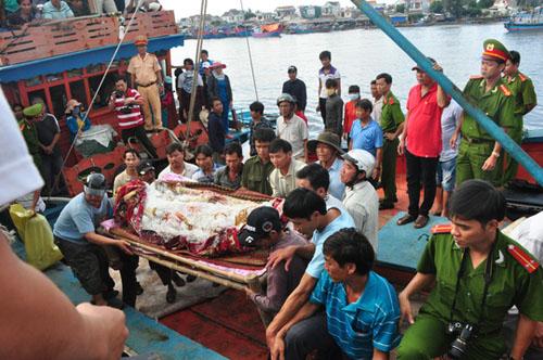 Người trên tàu cá Philippines bắn chết ngư dân Việt Nam - 1