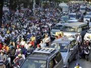 Tin tức trong ngày - Chi gần 2.200 tỷ đồng, Hà Nội có giảm được ùn tắc?