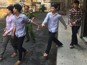 An ninh Xã hội - Băng cướp khi 'túng thiếu' còn tranh thủ… bán dâm
