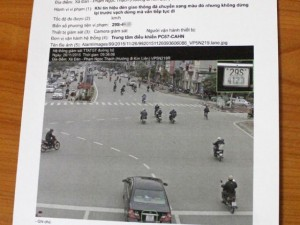 Tin tức Việt Nam - Ngày đầu xử lý qua camera: Hầu hết là lỗi vượt đèn đỏ