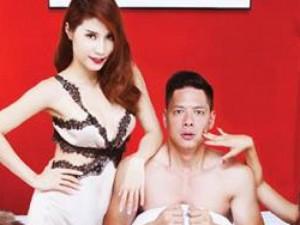 """Bình Minh """"không mảnh vải che thân"""" trên poster phim mới"""
