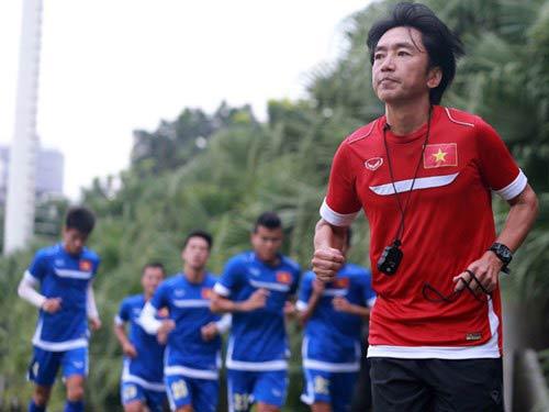 """U23 Việt Nam """"vào trận"""": Cuộc đua bắt đầu nóng - 1"""