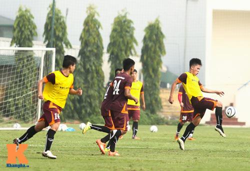 """U23 Việt Nam: Công Phượng """"tỏa sáng"""" buổi tập đầu - 9"""