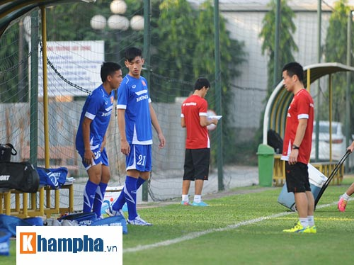 """Công Phượng, Xuân Trường """"làm ma"""" ở U23 Việt Nam - 3"""