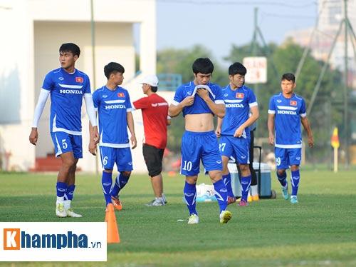 """Công Phượng, Xuân Trường """"làm ma"""" ở U23 Việt Nam - 6"""