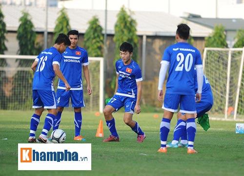 """Công Phượng, Xuân Trường """"làm ma"""" ở U23 Việt Nam - 1"""