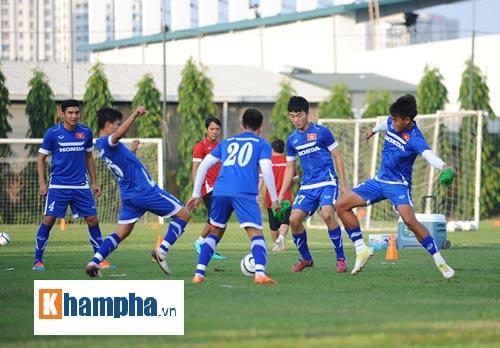 """Công Phượng, Xuân Trường """"làm ma"""" ở U23 Việt Nam - 8"""