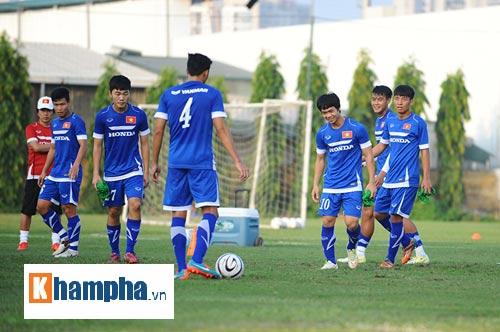 """Công Phượng, Xuân Trường """"làm ma"""" ở U23 Việt Nam - 9"""