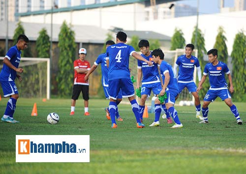 """Công Phượng, Xuân Trường """"làm ma"""" ở U23 Việt Nam - 10"""