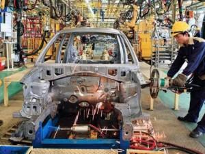 Thị trường - Tiêu dùng - Lại đề xuất bỏ thuế nhập khẩu linh kiện ô tô