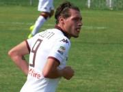 Bóng đá - 2 pha bỏ lỡ khiến HLV ôm mặt thẫn thờ ở Serie A