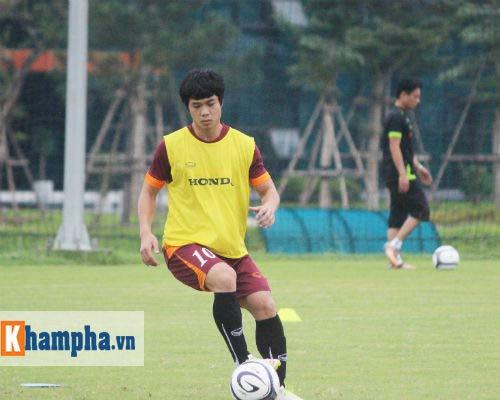 """U23 VN: HLV Miura khản giọng trong """"bão"""" chấn thương - 6"""