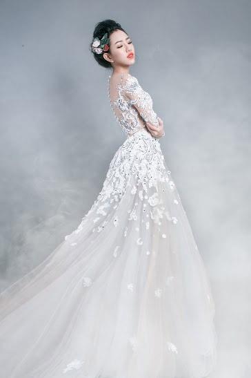 Hotgirl Joxy Thùy Linh đẹp tựa thiên thần trong bộ ảnh cưới - 10