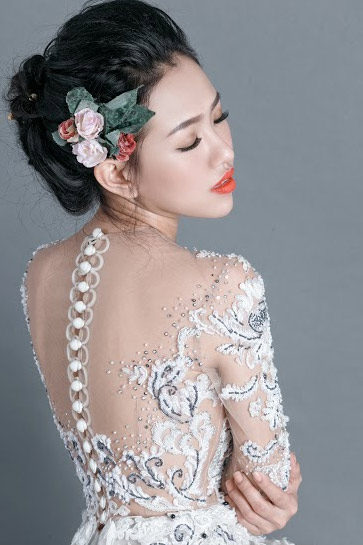 Hotgirl Joxy Thùy Linh đẹp tựa thiên thần trong bộ ảnh cưới - 11