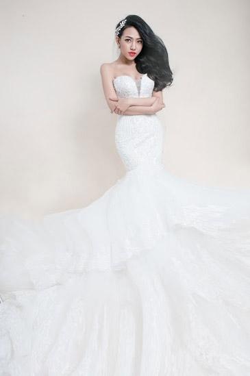 Hotgirl Joxy Thùy Linh đẹp tựa thiên thần trong bộ ảnh cưới - 2