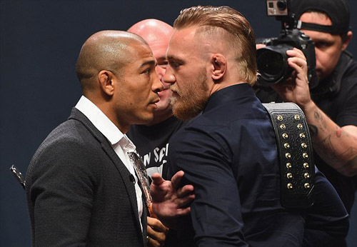 """""""Gã điên"""" hâm nóng siêu trận đấu UFC - 1"""