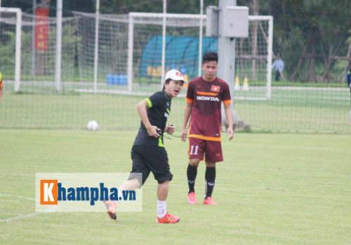 Sao nhà bầu Đức tìm đất diễn ở U23 Việt Nam - 1
