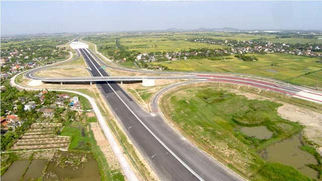 Ngắm cao tốc hiện đại nhất Việt Nam trước ngày thông xe - 6