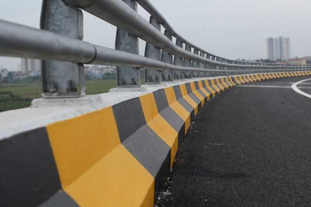 Ngắm cao tốc hiện đại nhất Việt Nam trước ngày thông xe - 8