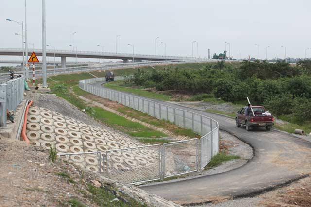 Ngắm cao tốc hiện đại nhất Việt Nam trước ngày thông xe - 9