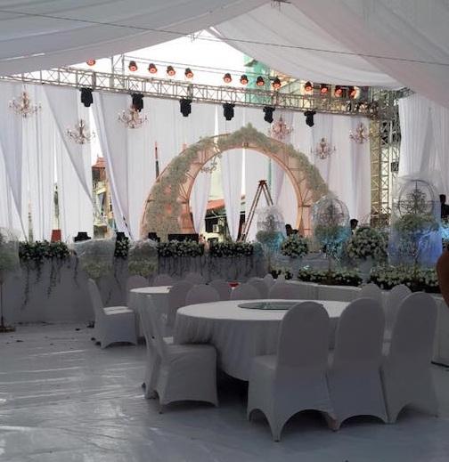 Đám cưới xa hoa của con trai gia đình có căn nhà 300 tỷ - 6