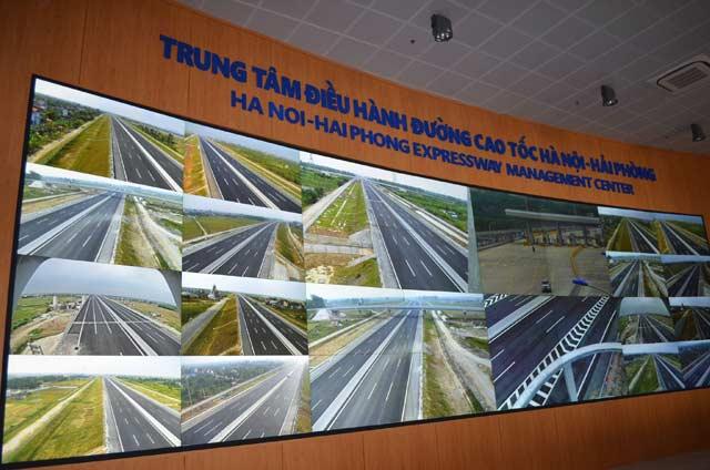 Ngắm cao tốc hiện đại nhất Việt Nam trước ngày thông xe - 13