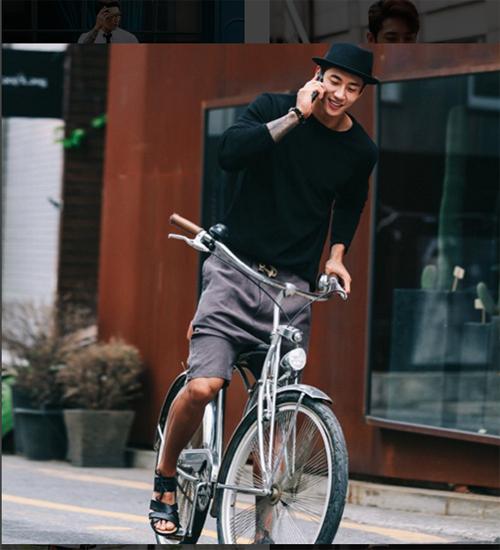 """Gu ăn mặc ngắm là mê của """"soái ca"""" lưỡng tính xứ Hàn - 20"""
