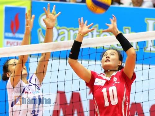 Linh Chi: Thoát khỏi mác hot girl bóng chuyền - 4