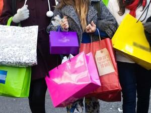 """Thời trang - 15 dấu hiệu của một """"con nghiện"""" mua sắm"""
