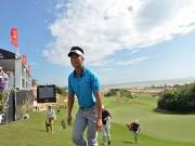 Thể thao - Tin thể thao HOT 4/12: Giải golf Hồ Tràm Open tạm hoãn vì gió lớn