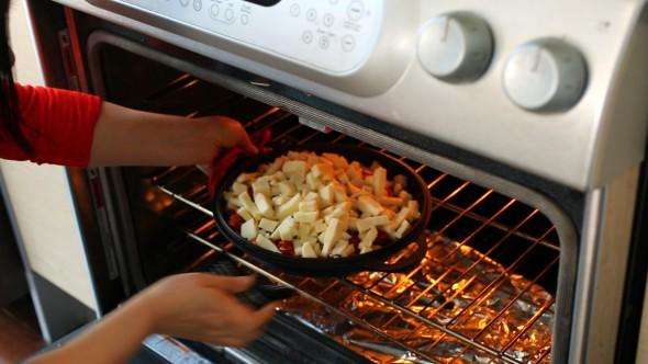 Cách làm gà cay phô mai kiểu Hàn đang gây sốt - 7